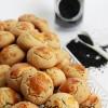 Çörek Otlu Minik Tuzlu Kurabiye