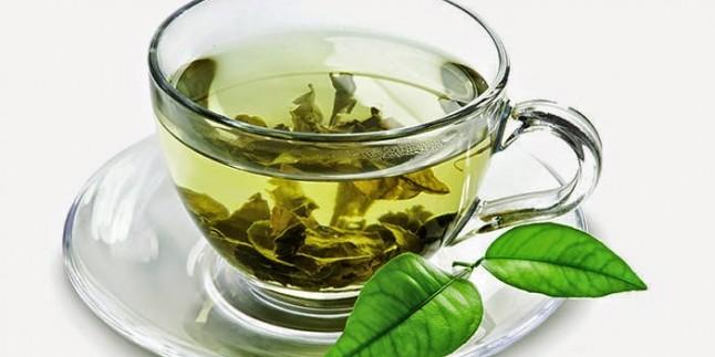 Zayıflatıcı çayı elinizden düşürmeyin!